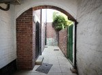 P737 courtyard 1